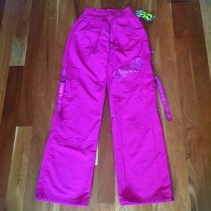 Zumba Mulberry Feeling It Cargo Dance Pants NWT